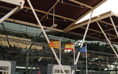 1.700 estudiantes han visitado el aeropuerto de Zaragoza ...