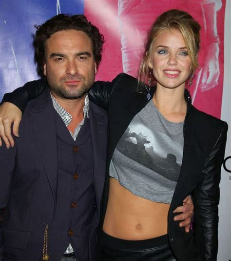 1000+ ideas about Johnny Galecki on Pinterest | Big bang ...