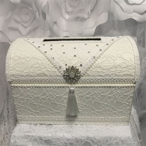 1000+ ideas about Wedding Boxes on Pinterest | Wedding ...