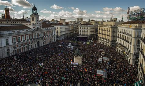 100,000 flock to Madrid for Podemos rally against ...