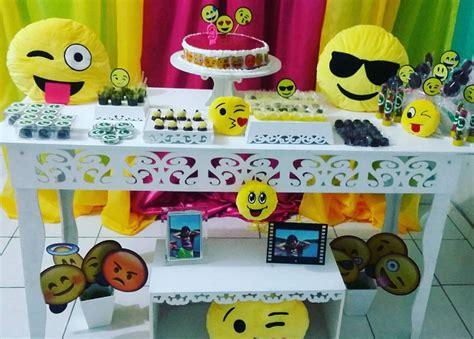 101 fiestas: Decora tu fiesta de emoji