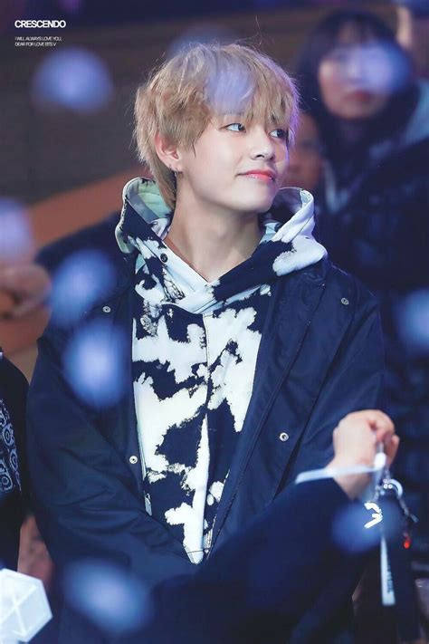 118 best Kim Taehyung  rectangle smile/eyebrows  images on ...