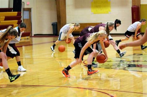 15 Choteau girls out for basketball season | Sports ...