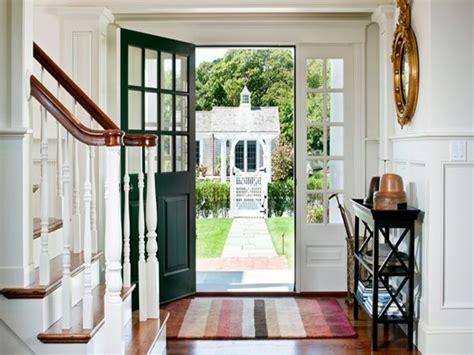 15 fabulosos diseños de puertas de entrada a casas
