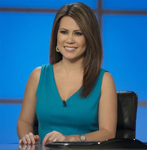 15 of The Hottest News Anchors Around The World