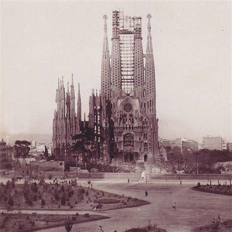 17 Best images about Sagrada Familia on Pinterest | Portal ...