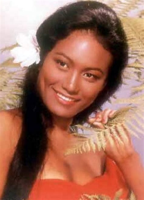 17+ images about Tarita Teriipia on Pinterest   Set of ...