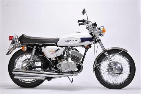 1969 Kawasaki 500cc Mach III H1 - Moto Rivista