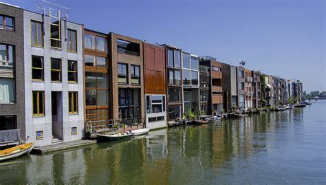 20 fachadas de casas pequeñas ¡que te sorprenderán!