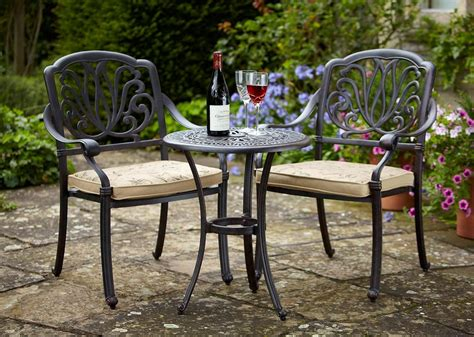 20 Ideas about Garden Table and Chairs - MYBKtouch.com