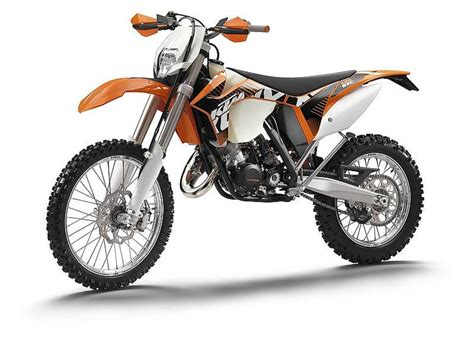 2012 KTM 125 EXC Review   Top Speed