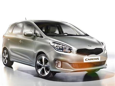 2013 Kia Carens