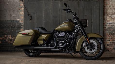 2017 Harley Davidson Road King Special photo