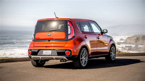 2017 Kia Soul review with price, photo gallery and horsepower
