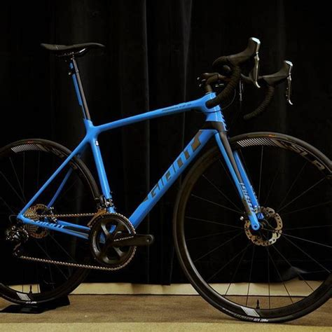 2018 Giant TCR Advanced SL 1 Disc | Cycling | Pinterest ...