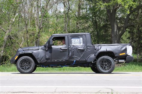 2018 Jeep Scrambler: Spy, Engines, Platform, Price   2018 ...