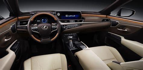 2019 Lexus ES 300h-interior