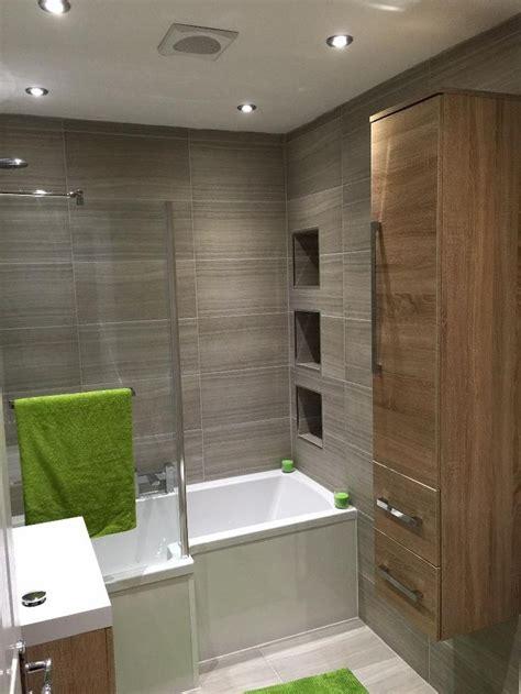 25+ Beautiful Small Bathroom Ideas - DIY Design & Decor