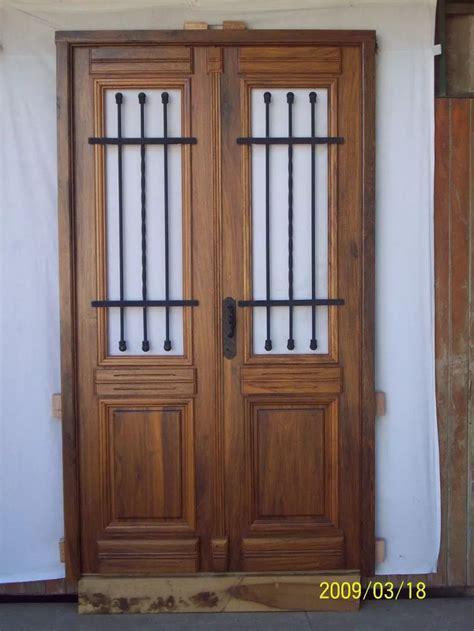25+ best ideas about Puertas de madera rusticas on ...