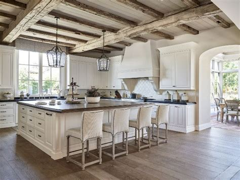 25+ Best Ideas about Rustic White Kitchens on Pinterest ...