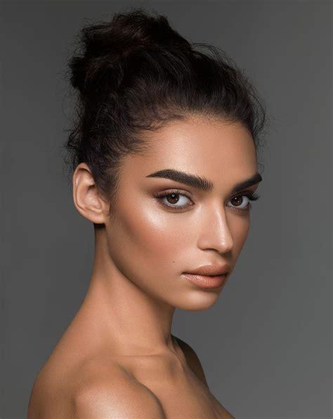 25+ best ideas about Tan skin makeup on Pinterest | Dewy ...