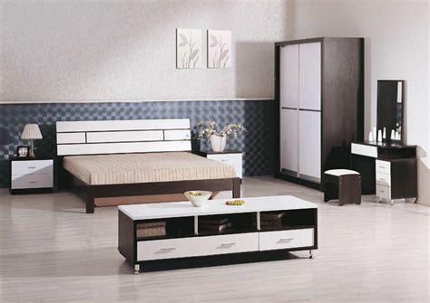 25 Tips For Designing Small Sized Bedrooms Got Bigger With ...