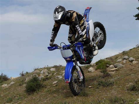2y4t.com – ¿Quieres la moto del equipo oficial Yamaha en ...