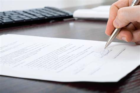 3 contratos modelo para empleadas del hogar - VisitaCasas.com