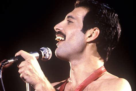 3 Iconic celebrity moustaches