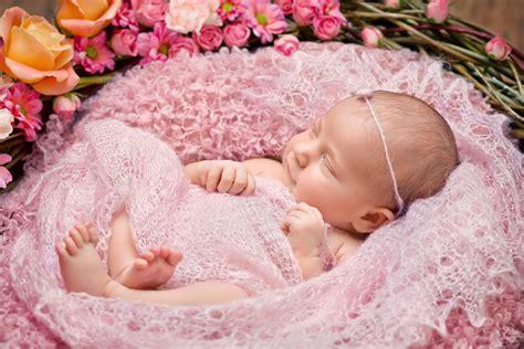 30 nombres para niñas inspirados en las flores más ...