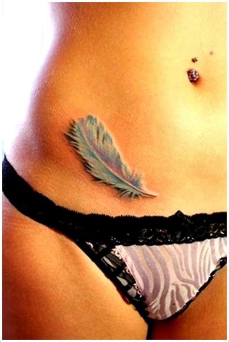 35 tatuajes de plumas para hombres y mujeres