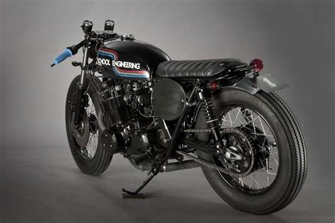 4.50 x 18 Firestone Champion Deluxe - CafeRacerWebshop.com