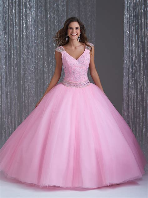 40 Vestidos de 15 años largos y cortos en color rosa ...