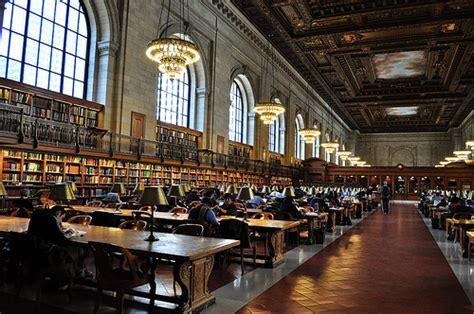 5 bibliotecas y librerías de Madrid – ROOSTERGNN