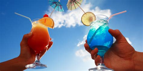 5 Must Have Cocktails for Your Beach Vacation - My Fort ...