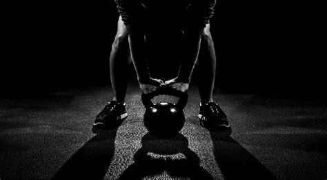 5 Rutinas de Crossfit: Pierde peso y gana fuerza funcional ...