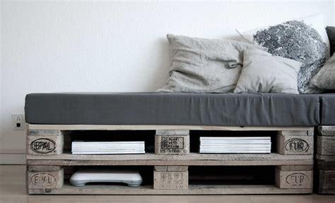5 sofás hechos con palets... y un bonus track de regalo