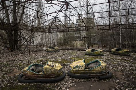 5 things to know today: Take a look at Chernobyl 30 years ...