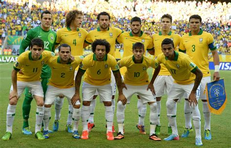 6 futbolistas evangélicos son convocados a formar parte de ...