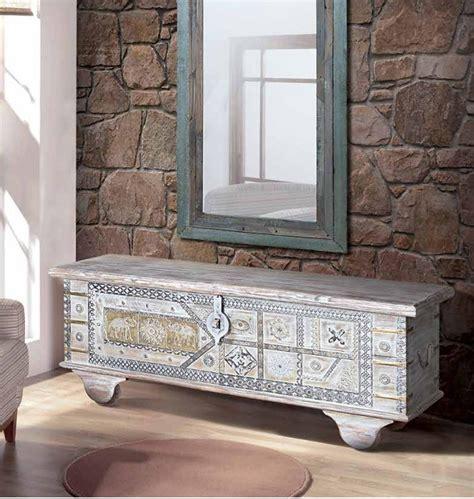 6403 Baúl vintage 116 madera blanco decapado y bronce ...
