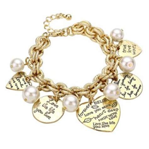 7 Beautiful Charm Bracelets for Women   Best Gift Ideas