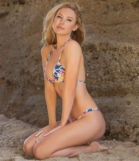 7 best ELIZABETH OLSEN images on Pinterest   Beautiful ...