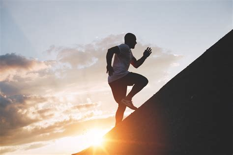 7 Exercises to Improve Your Hill Running Speed & Endurance ...