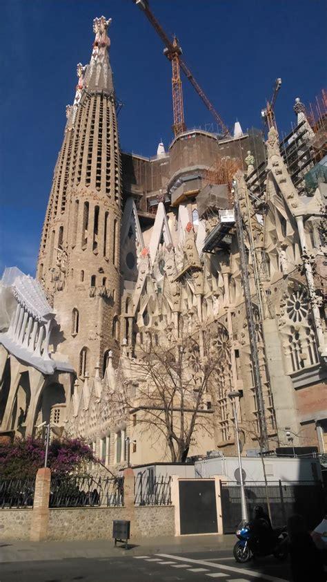 9 best Barcelona y Gaudi, La Sagrada Familia de Barcelona ...