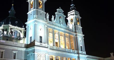 9 novembre a Madrid | Festa dell'Almudena | giorno festivo