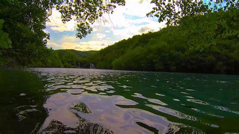 #9478, Movimiento del lago de una cascada [Efecto ...