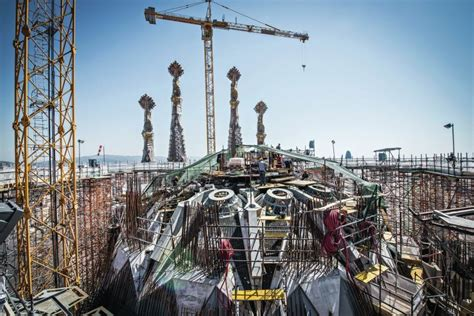 A Completion Date for Sagrada Familia, Helped by ...