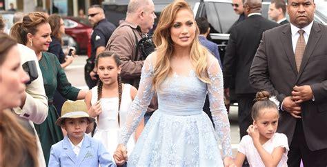A los hijos de Jennifer Lopez 'no les importa' su fama