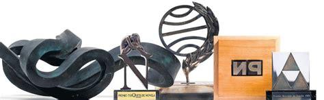 ¿A quién sirven los premios literarios? | Babelia | EL PAÍS
