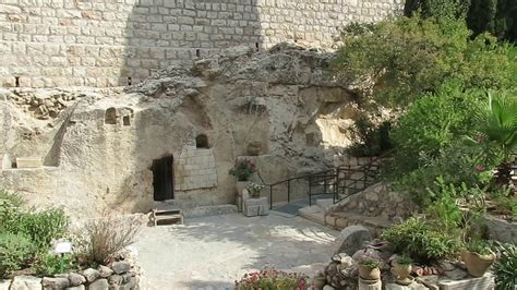 A tour inside the burial site of Jesus Christ, the Garden ...